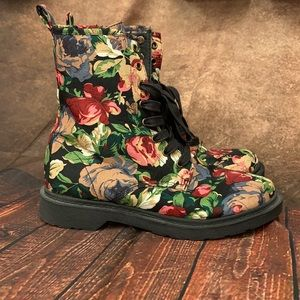 Mossimo Floral Combat Boots 🥾
